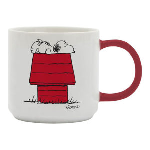 mug with snoopy on his kennel