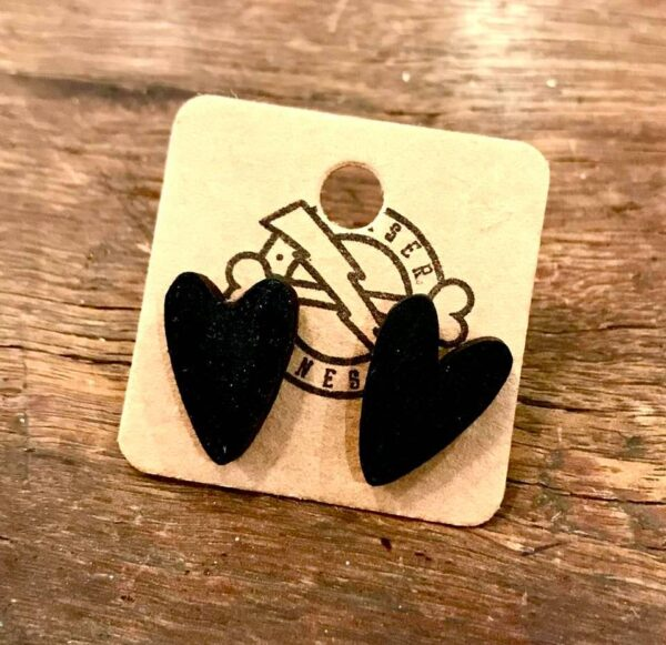 black heart stainless steel stud earrings
